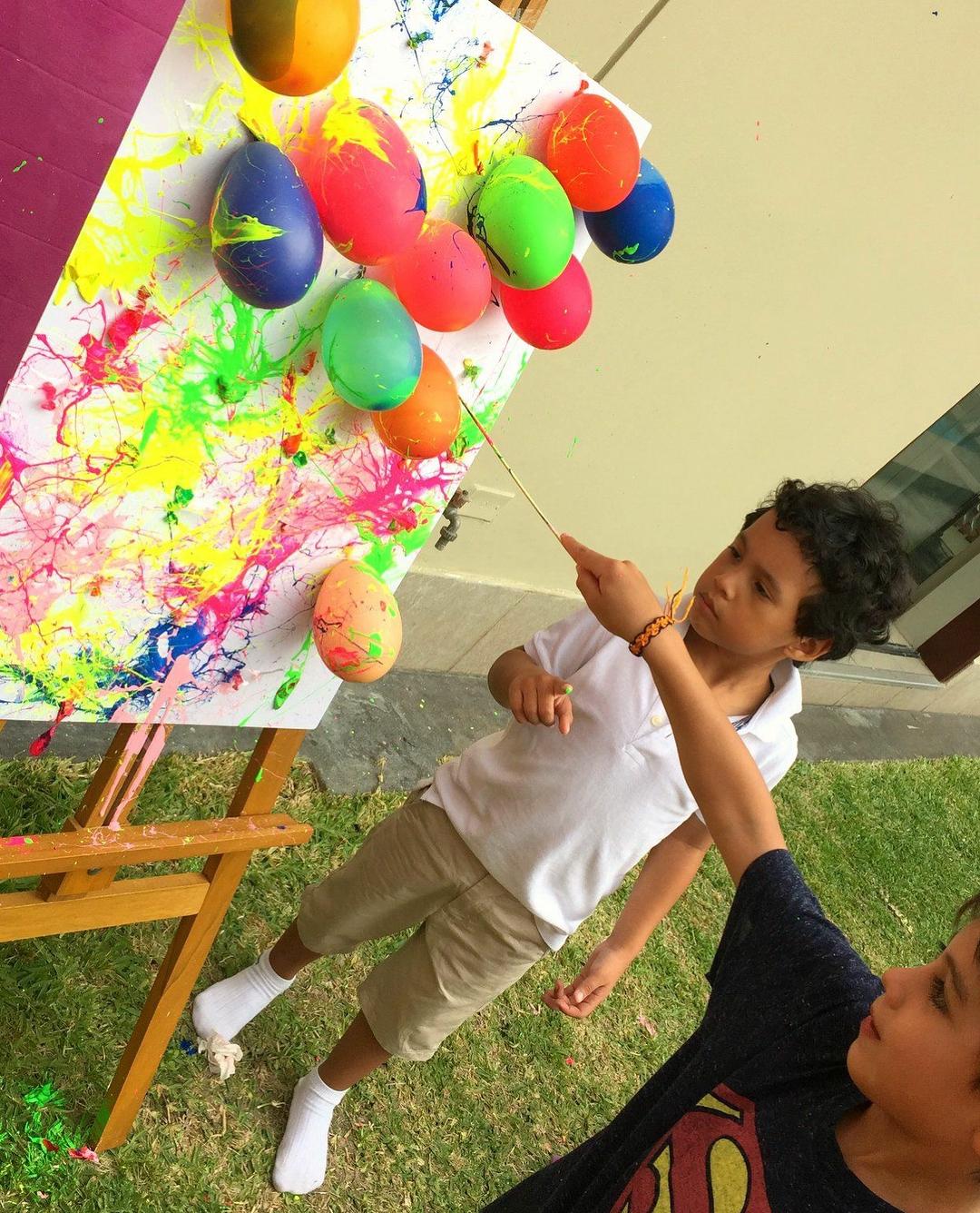 Art Party foi o tema do aniversário da pequena Amelia! Todos os ...