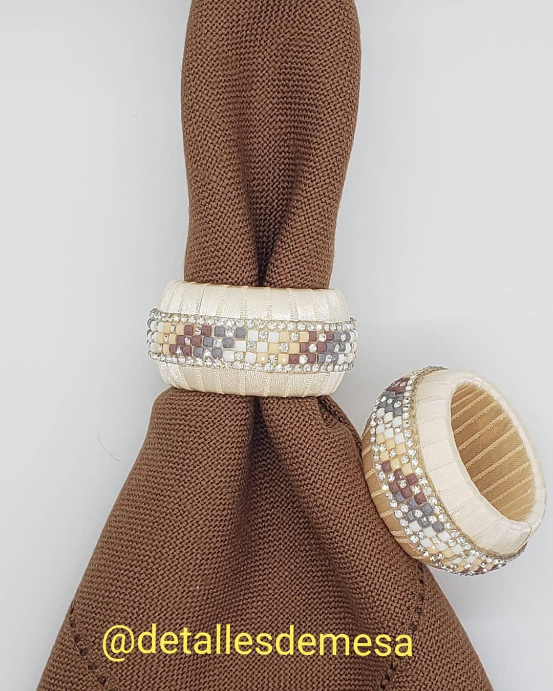Porta-guardanapos moderno e elegante para a sua mesa. Escreva para nós ... #portaservilleta ...