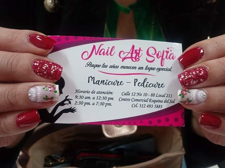 Brilhe com as unhas .. Por: @yuranibarinasm # decoraciondeuñas #nails #amoralart ...