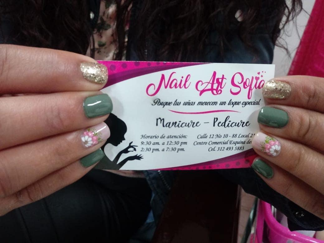 Um belo design para você Por: @ yuranibarinasm # decoraciondeuñas #nails #amoralar ...