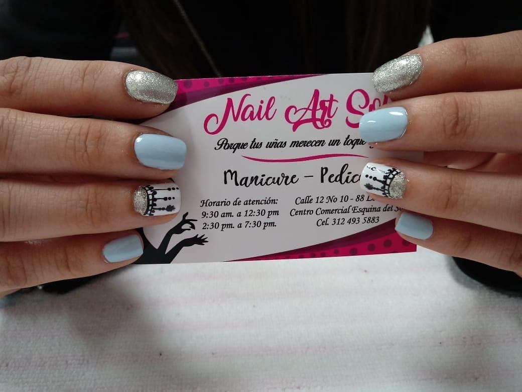 Venha e desfrute de algumas unhas bonitas..Por @ camilaespinel.9 # decoraciondeuñas #na ...