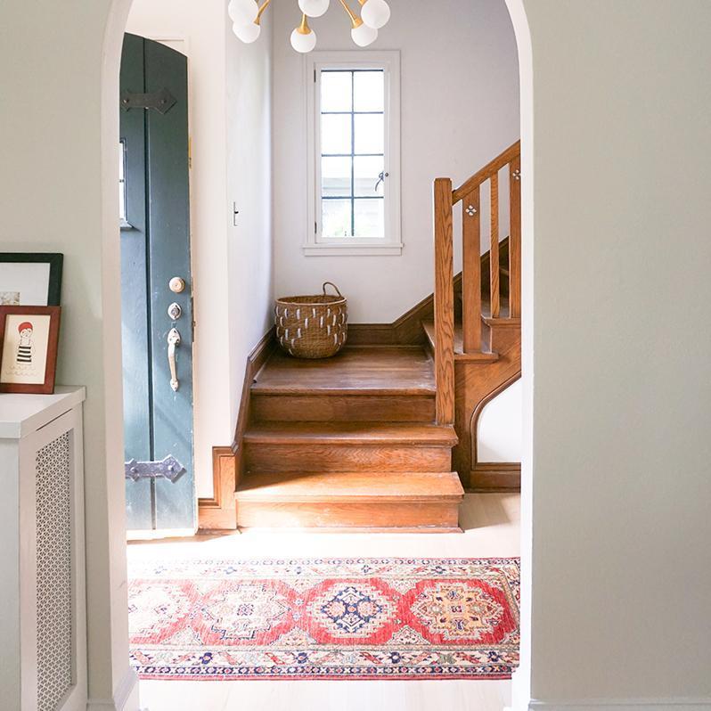 """Nenhuma entrada está completa sem um tapete. Ele pode servir como uma vibe """"bem-vindo em casa"""", mas ..."""