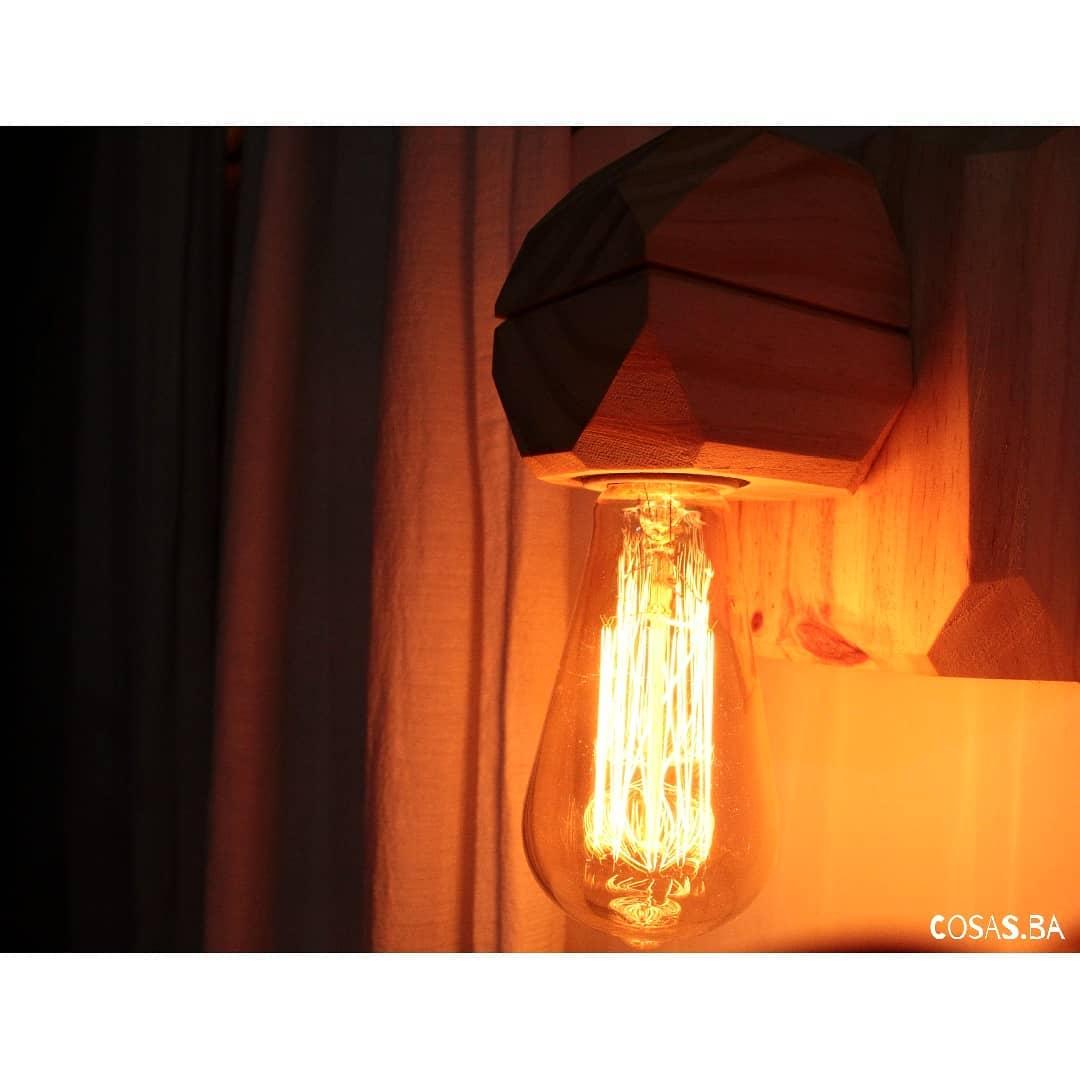 Lançamento . Luminária de parede HORNERO . . . . Preço de lançamento: US $ 900 . Incluir ...