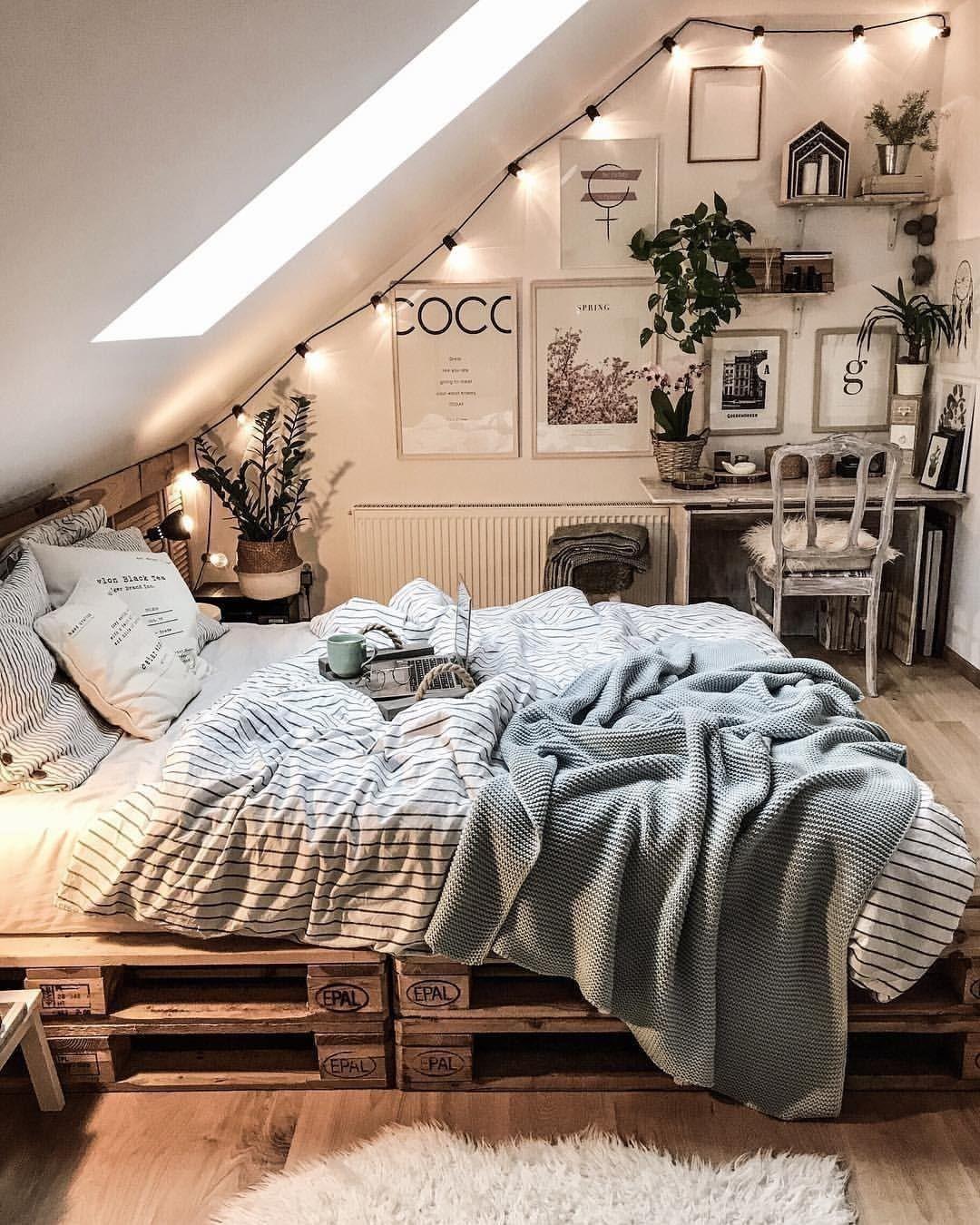Maravilhoso quarto escandinavo, você gosta? Não se esqueça de nos seguir em @ p ...