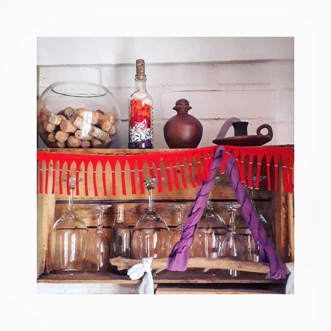 Um pequeno canto da casa . # Decoração de interiores #DecoHouse #BohemianHouse ...