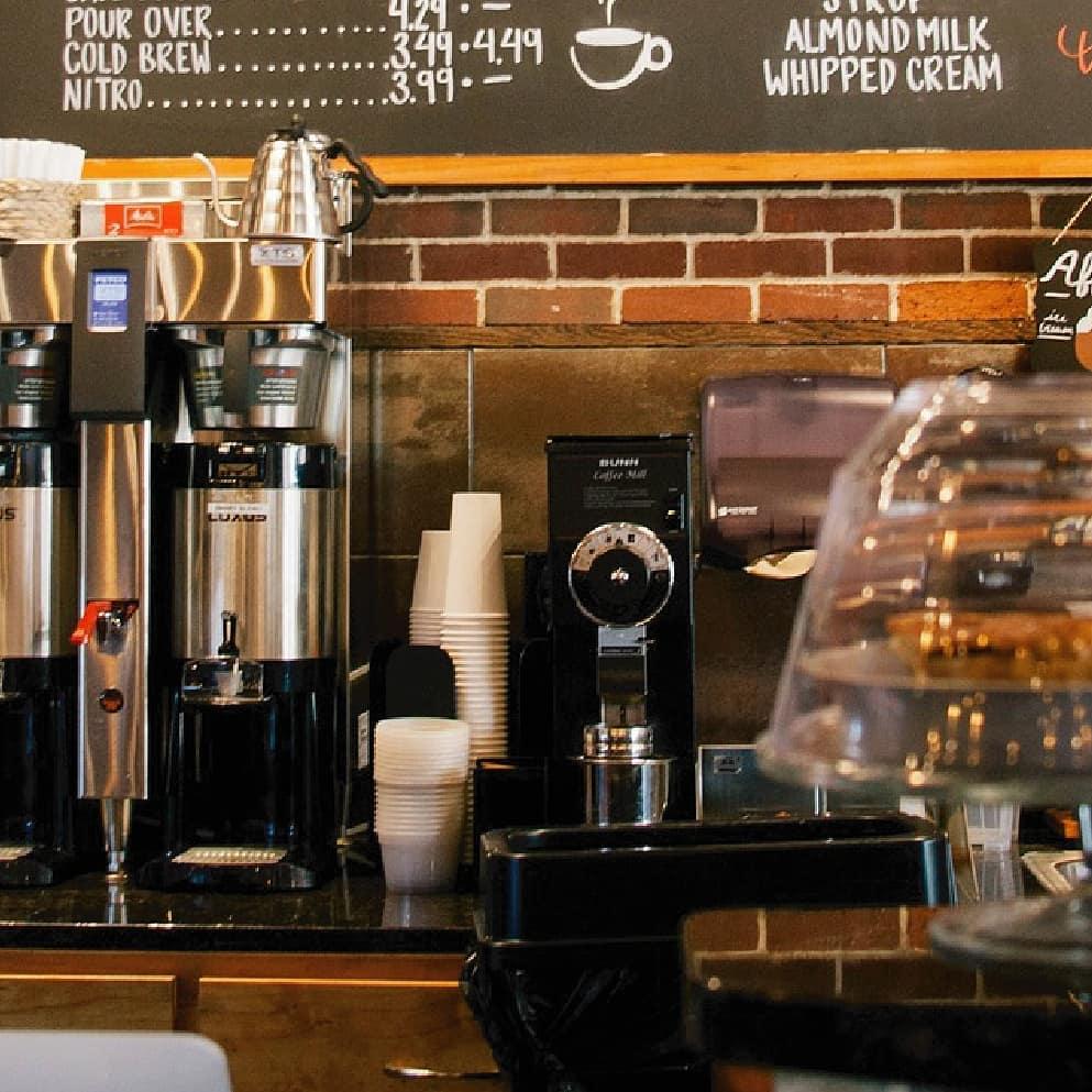 Produção de quadros-negros em qualquer tamanho para restaurantes, refeitório ...