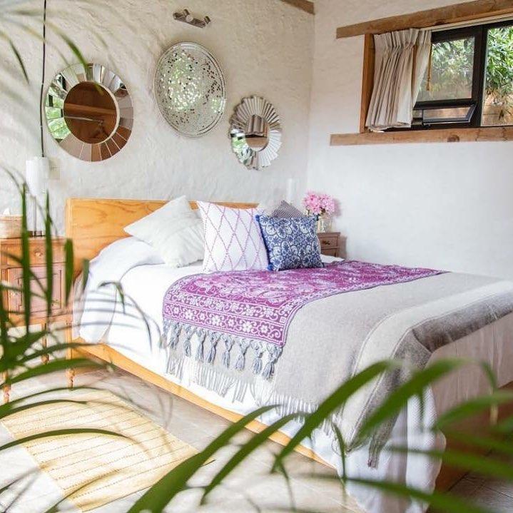 Decorando espaços, com as melhores almofadas da @costuramia em @cantodeaves Cos ...