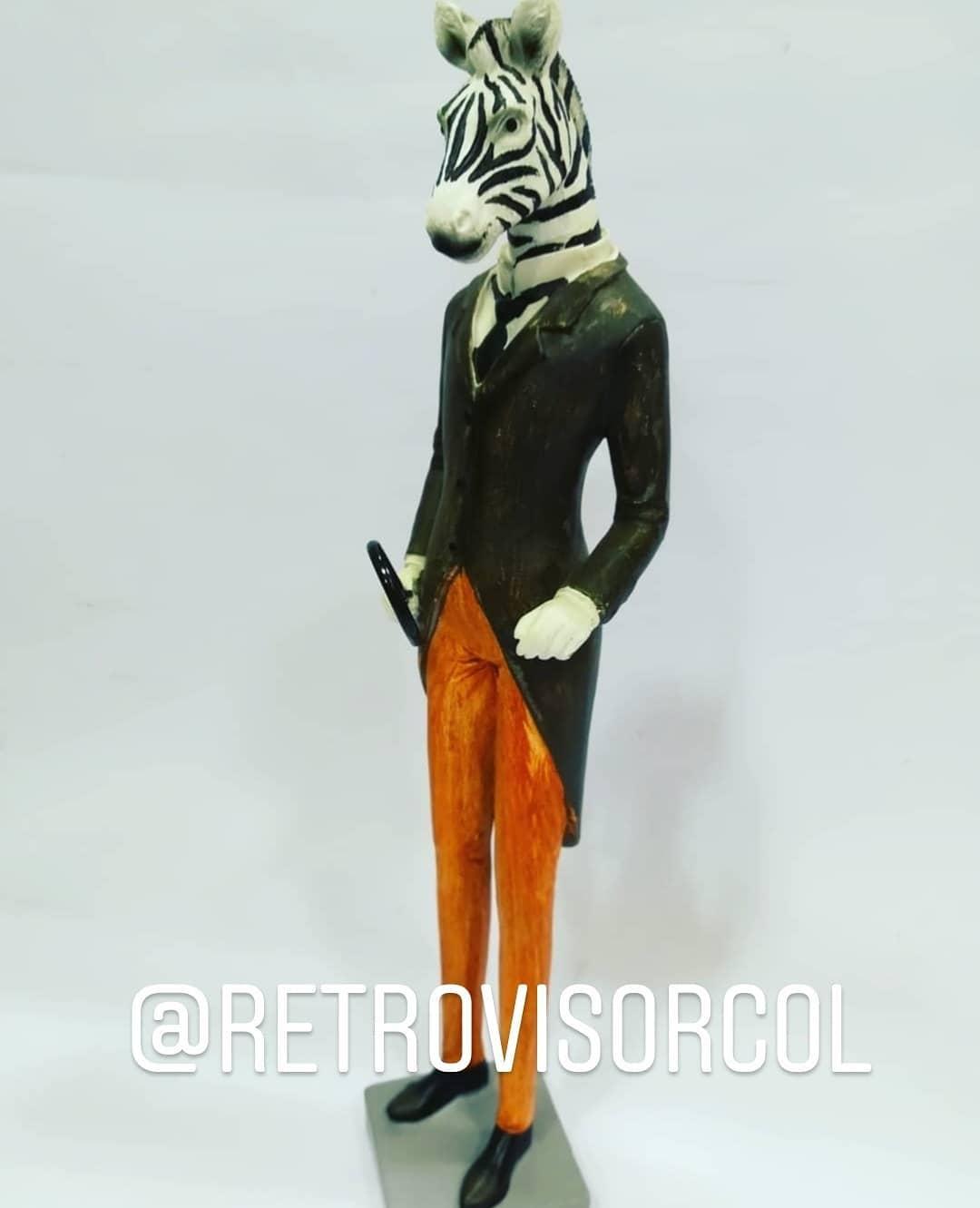 @retrovisorcol #jirafa # zebra #animal # decoração #retro #retrovisor #hojalata # ...