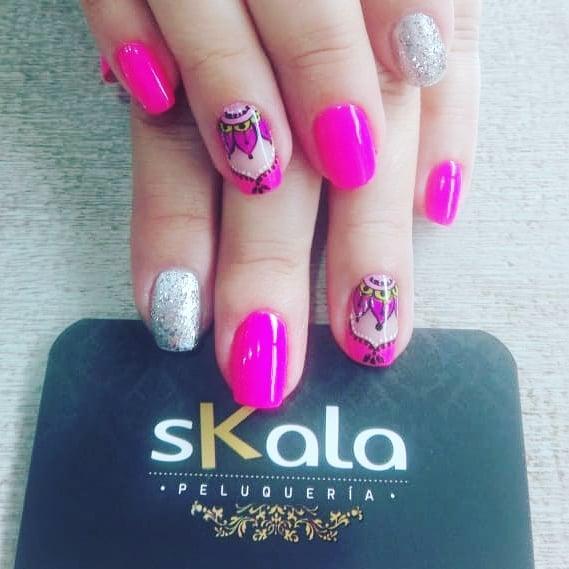 #skalapeluqueria # uñasdecoradas # uñasbogotá # decoraciondeuñas # manicuristas #nai ...