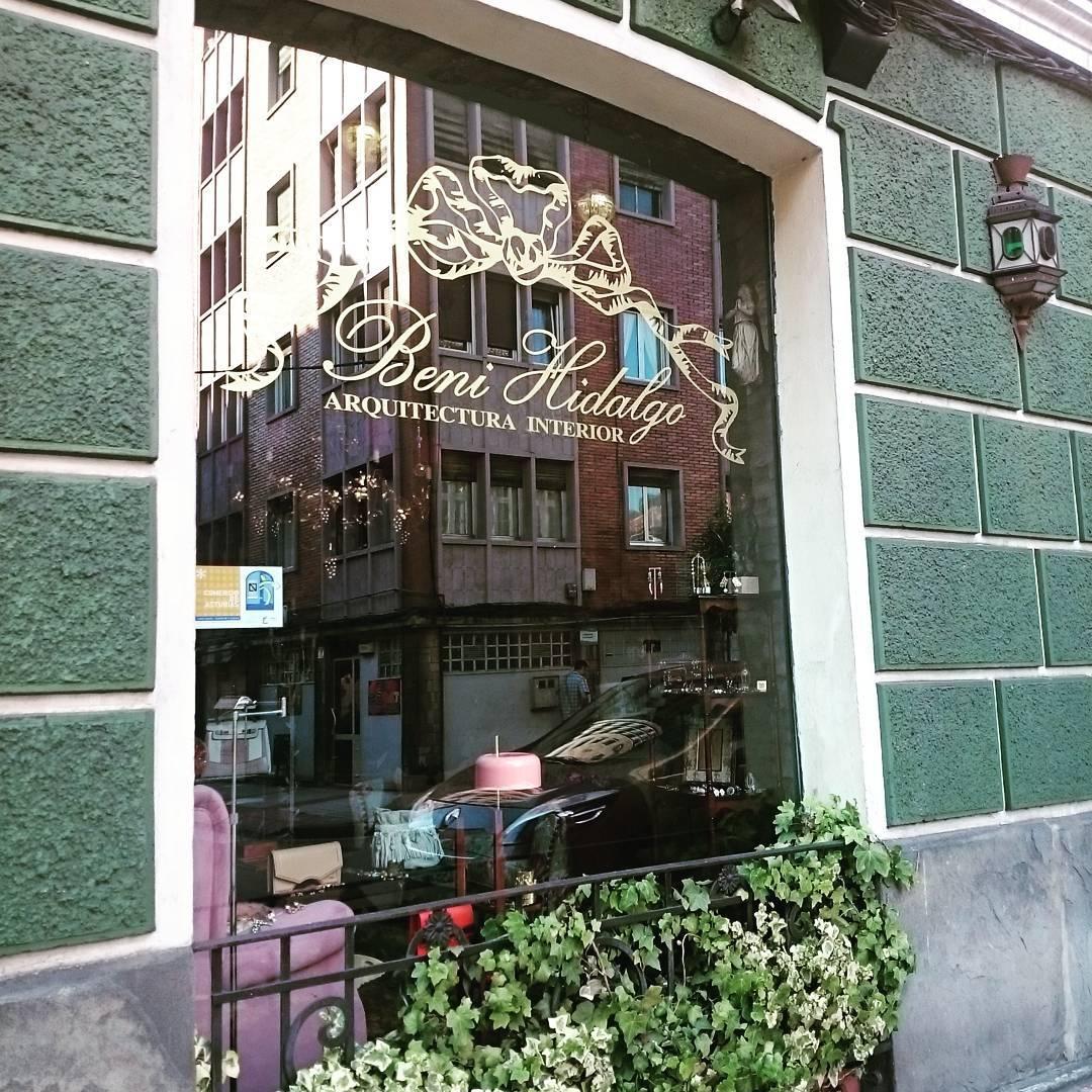 A vitrine da loja. # Decoração # design # decoração interior #interior ...