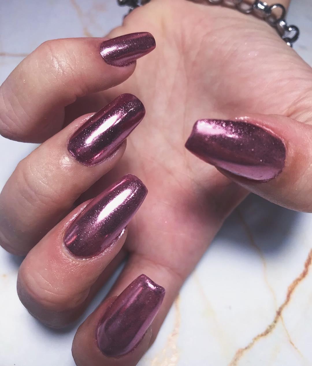 MORE ROSE GOLD // Unhas acrílicas com esmalte semi-permanente e pó de ouro rosa // ...