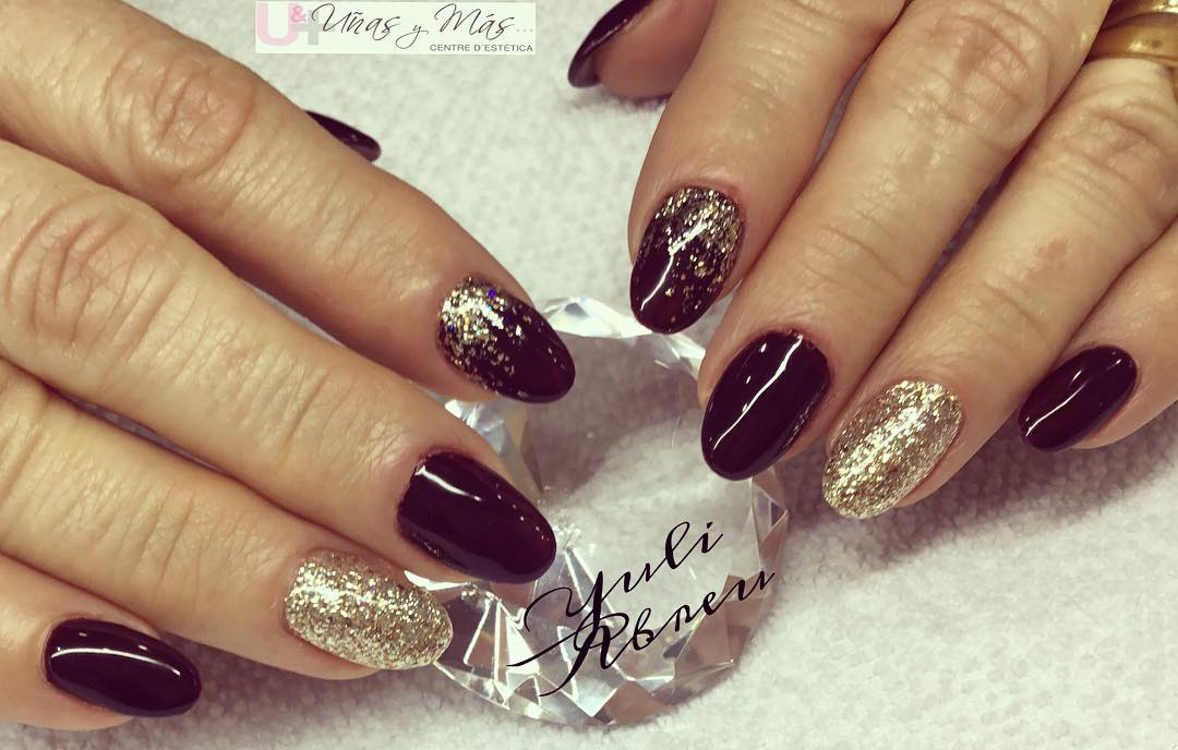 Se você quer unhas brilhantes! #manicura #semipermanente #nails #handnails #ac ...