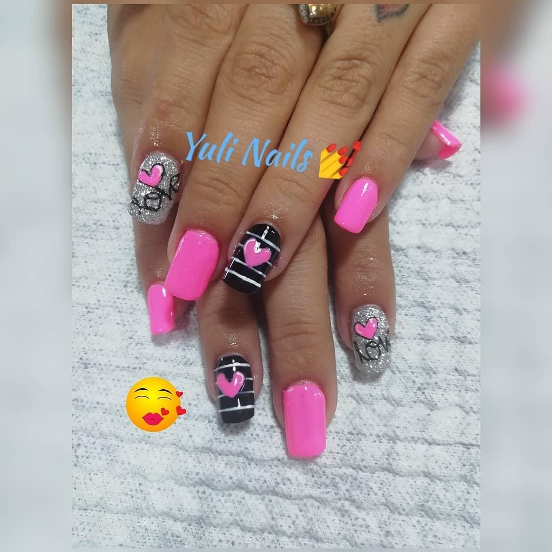 Acrílicos #nails #nailsalon #nailartist # decoraciondeuñas # uñascolombia # uñasmod ...