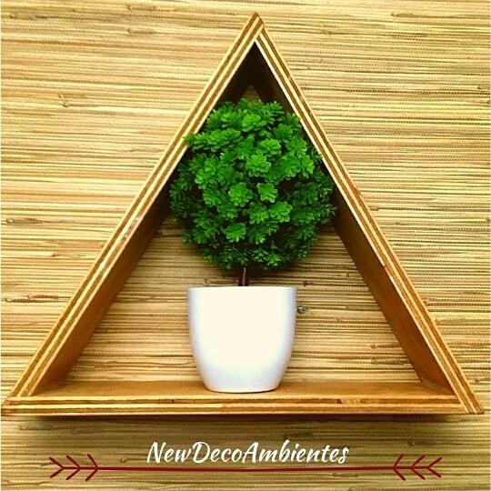 Prateleira triangular 34 cm x 40 cm, ou encomende para o seu tamanho e com a cor que você precisa ...