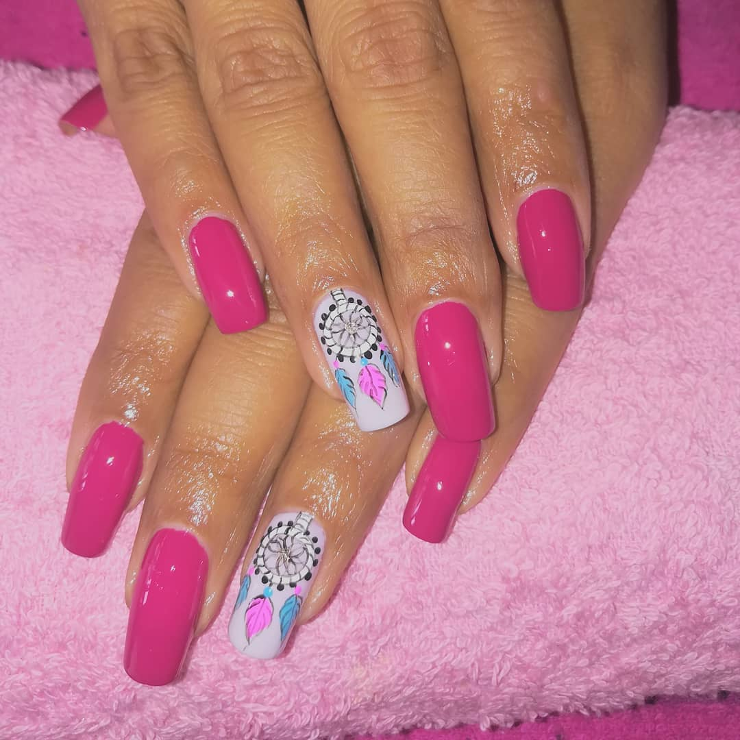 Apanhador de sonhos sozinho em unhas de spa mágicas #magicnailsspa #nails #nailsart #magiaentus ...