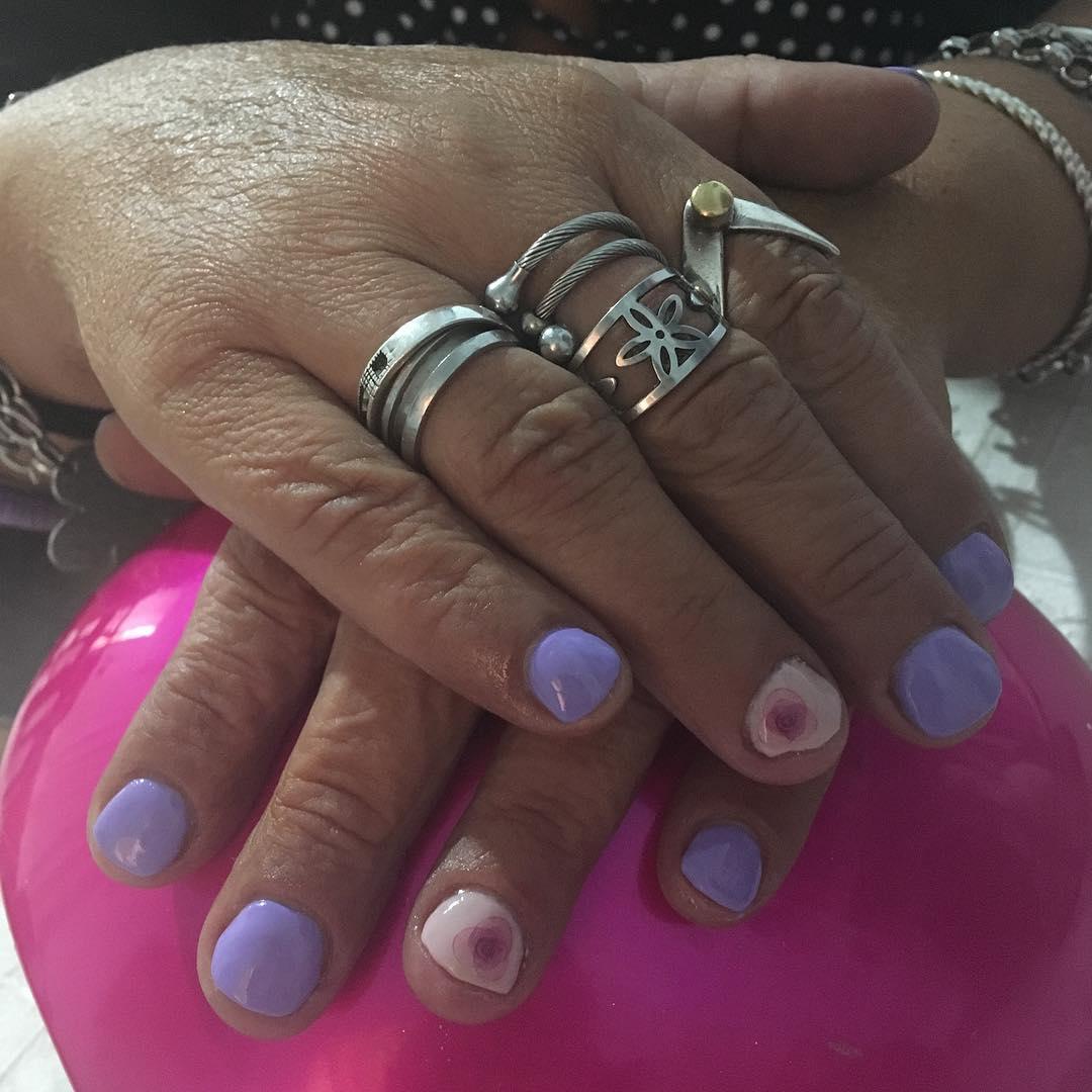 # uñasqueenamoran # uñaslindas #DeLaCabezaALosPies #ibdargentina #ibdnails #nails ...