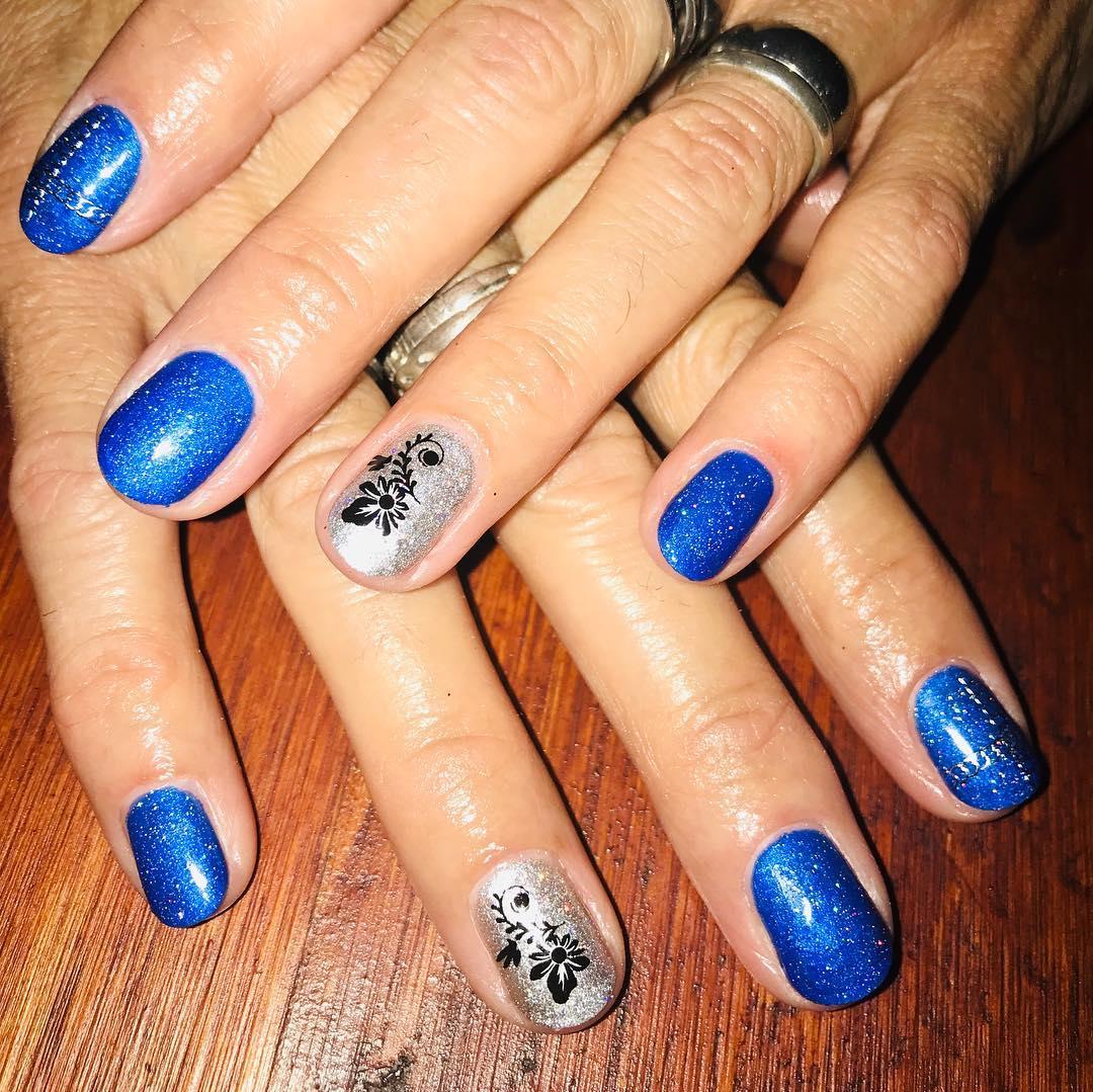 #decoraciondeuñas #nails #nailfashion #uñasbellas #esmaltadosemipermanente #amo...