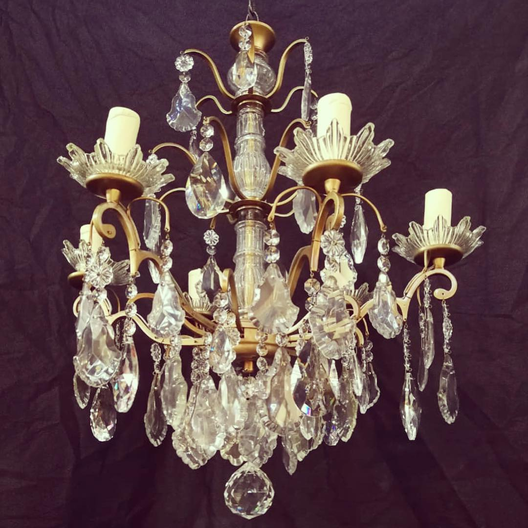 Lâmpada 6 luzes projeto cliente @lamparas_los_angelitos #antiguedadeschile #lam ...