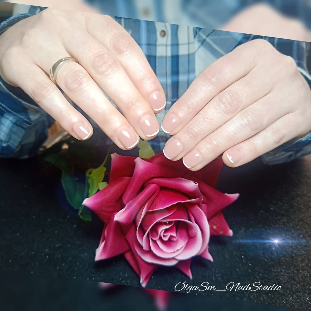 Manicure francesa é muito bem sucedida, sempre elegante e elegante !!! . . . #nails ...