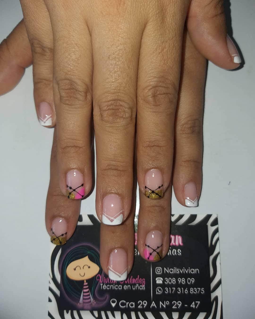 # manicureniñasfelices #manicurarusa #masglovirginal #masglorebelde #manicure # u ...