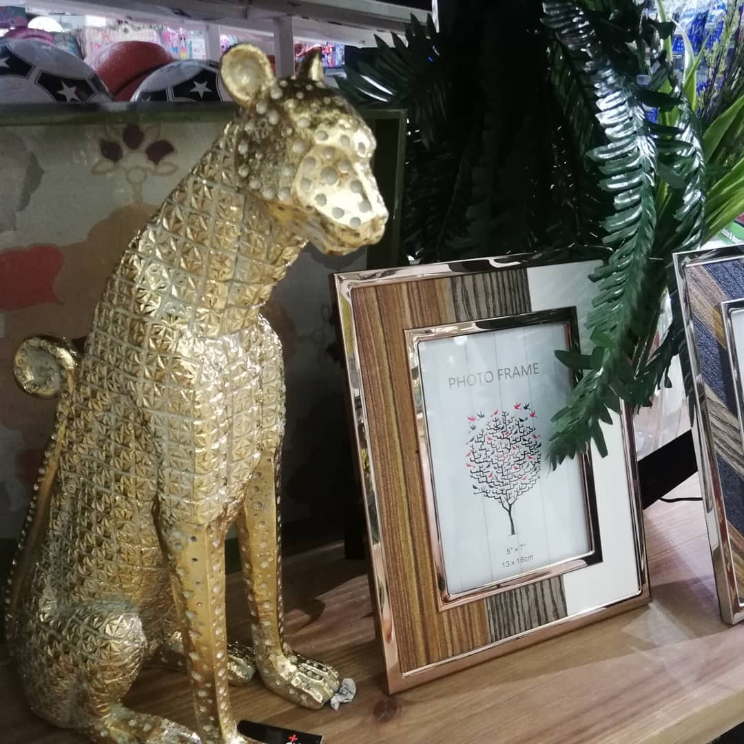 A tendência continua! Decoração de animais ... # decoração de interiores # detalhes # flores # pt ...