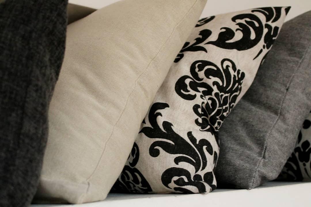 Deco e descanso. Encontre estas almofadas e muito mais, para que seus momentos de des ...