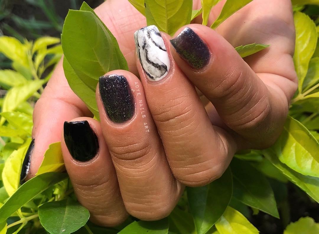 Aplicação de Gel Semi-permanente em unha natural Efeito de mármore . . . . #nails ...