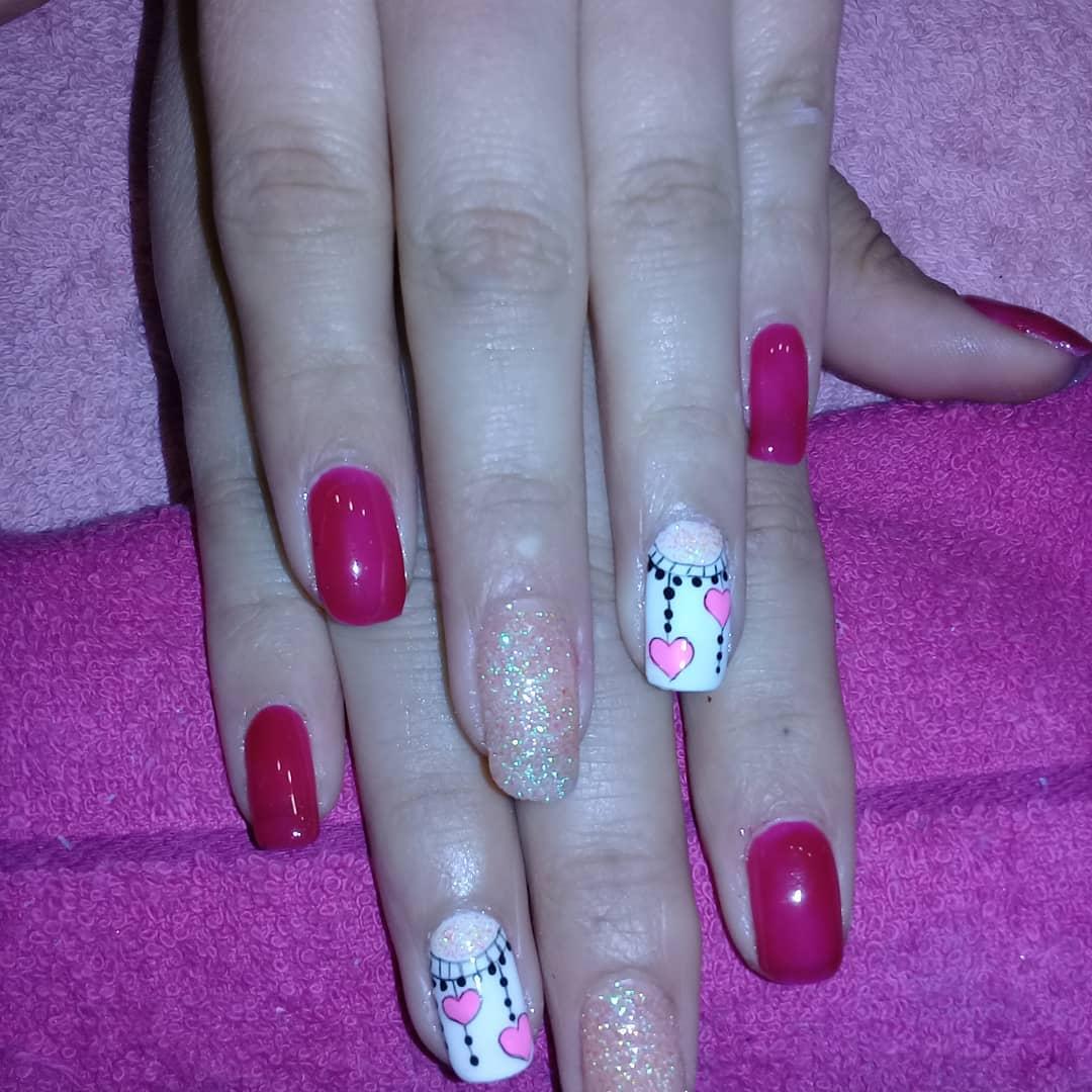 Esmaltado semipermanente en solic unhas spa #magicnailsspa #nails #nailsart #ma ...