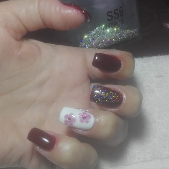 #nails #uñasbonitas #decoraciondeuñas #esmaltepermanente #uñasesculpidas #uñases...