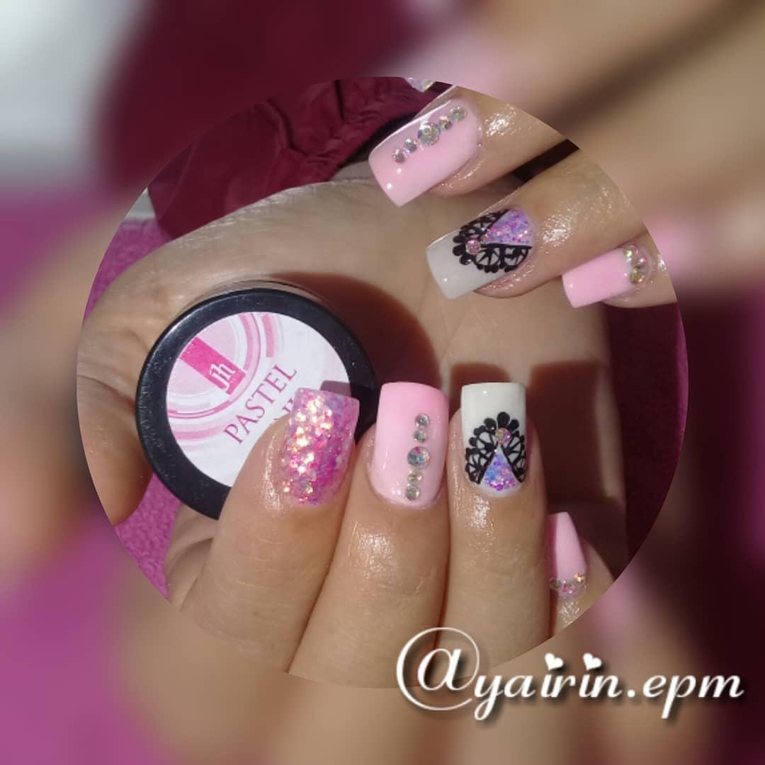 Produtos de unhas de resina @jhnailsoficial # uñasenresina #nails # uñasacrilicas # ...