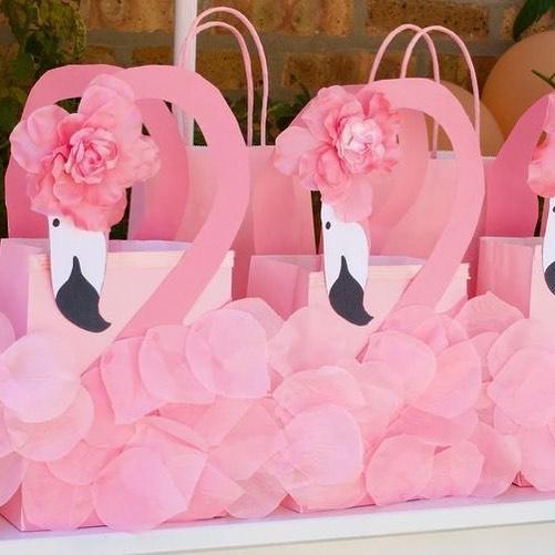Aqui os doces! #breeders #envueltos #fiestainfantil # fiestatemática # decoració ...