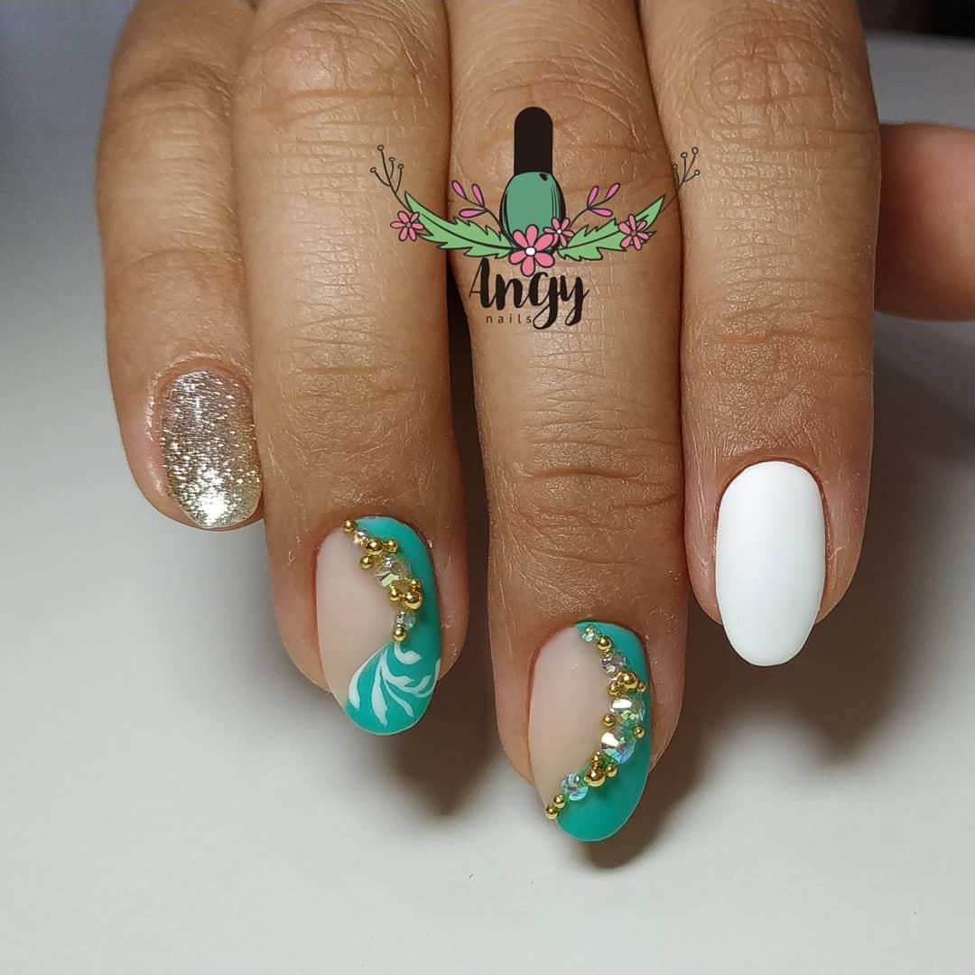 Manicure Russa + Esmalte Semi-Permanente Super para @ eugeem93 Mudanças e ...