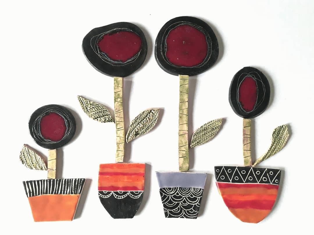 Novos vasos de flores. Peças de cerâmica para intervir em espaços. Fácil ...