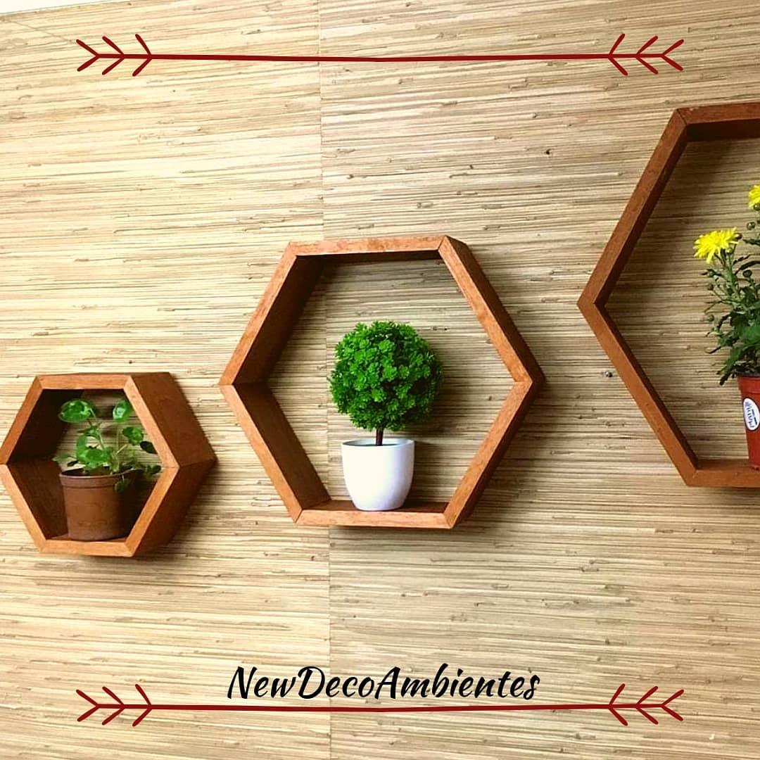 Prateleira hexagonal / favo de mel 44cm x 50cm ou medidas e cores que você precisa! . . . E ...