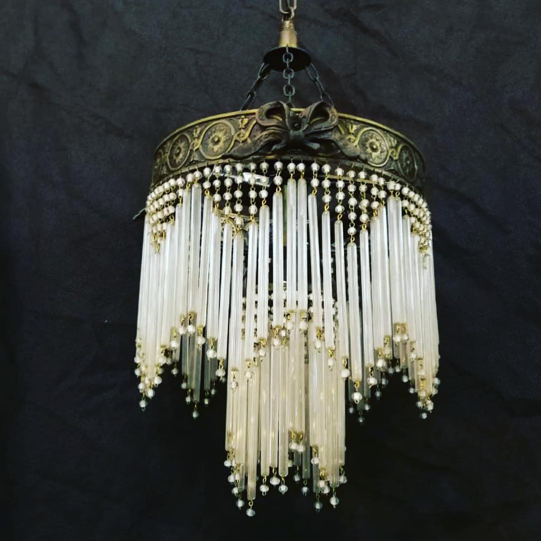 Lápis de cristais lâmpada @lamparas_los_angelitos #antiguedadeschile #lampara ...