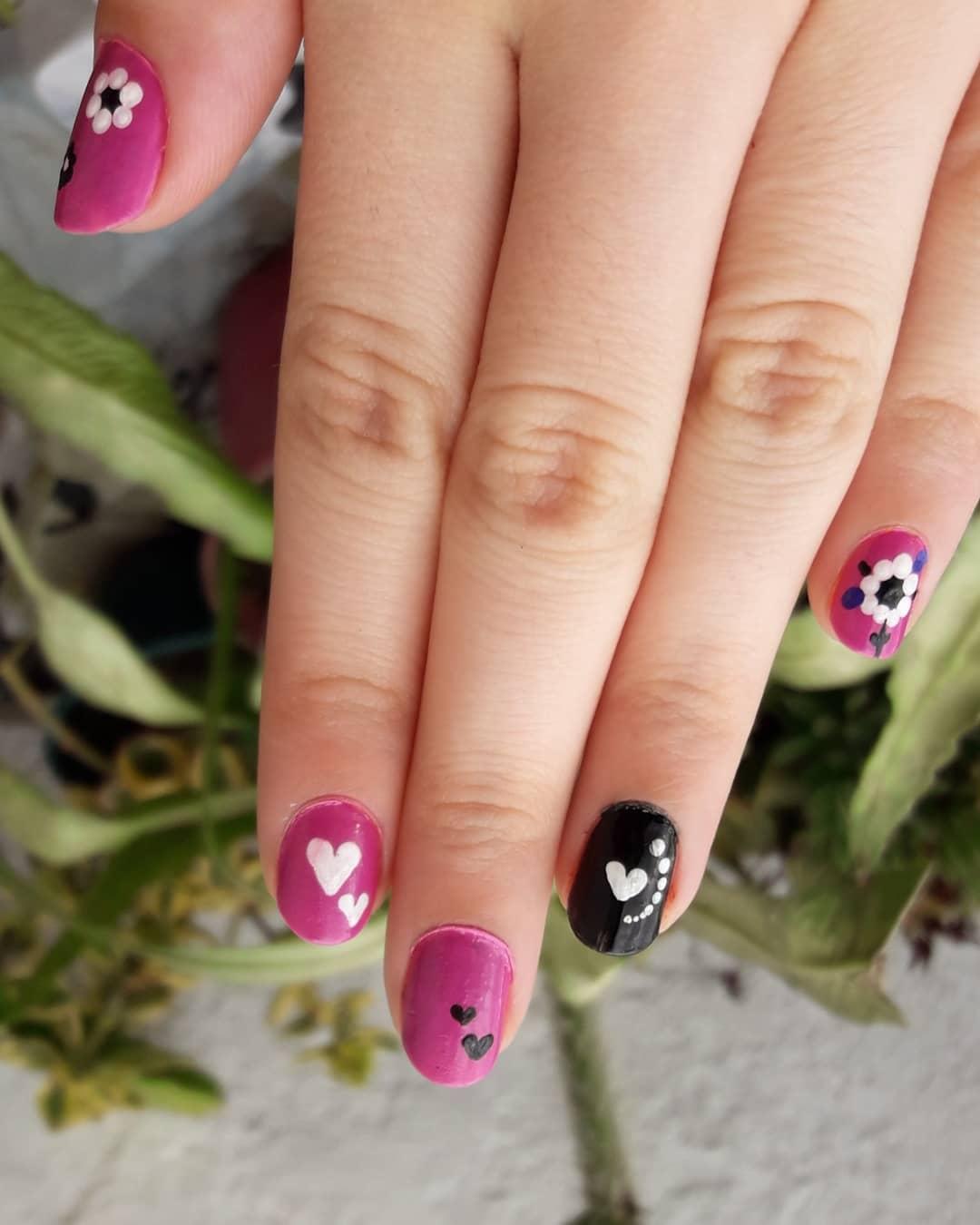 Esmaltado + decoração de unhas . . . #nails # decoraciondeuñas # enmaltado ...