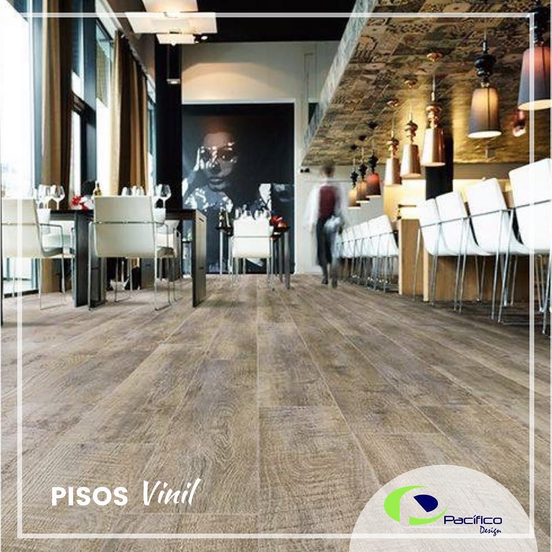 Nosso piso #vinil de alto tráfego com sistema de clip ideal para sua casa, de ...