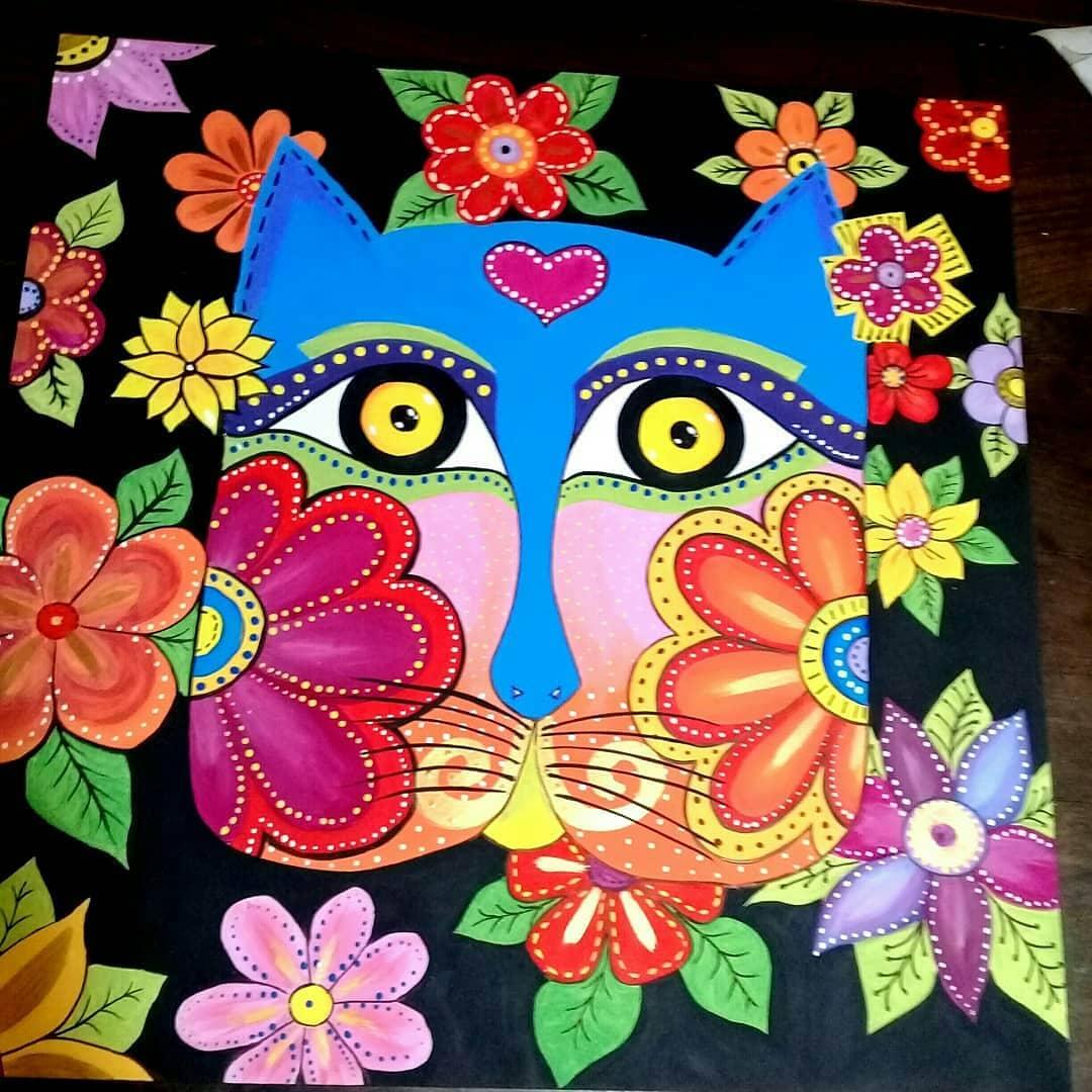 DISPONÍVEL Lindo gato cheio de cor e energia para dar ou dar para você  Peça ...