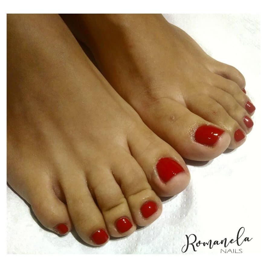 Esmalte semipermanente em mãos e pés para Carli @car_joaco matador vermelho # ...