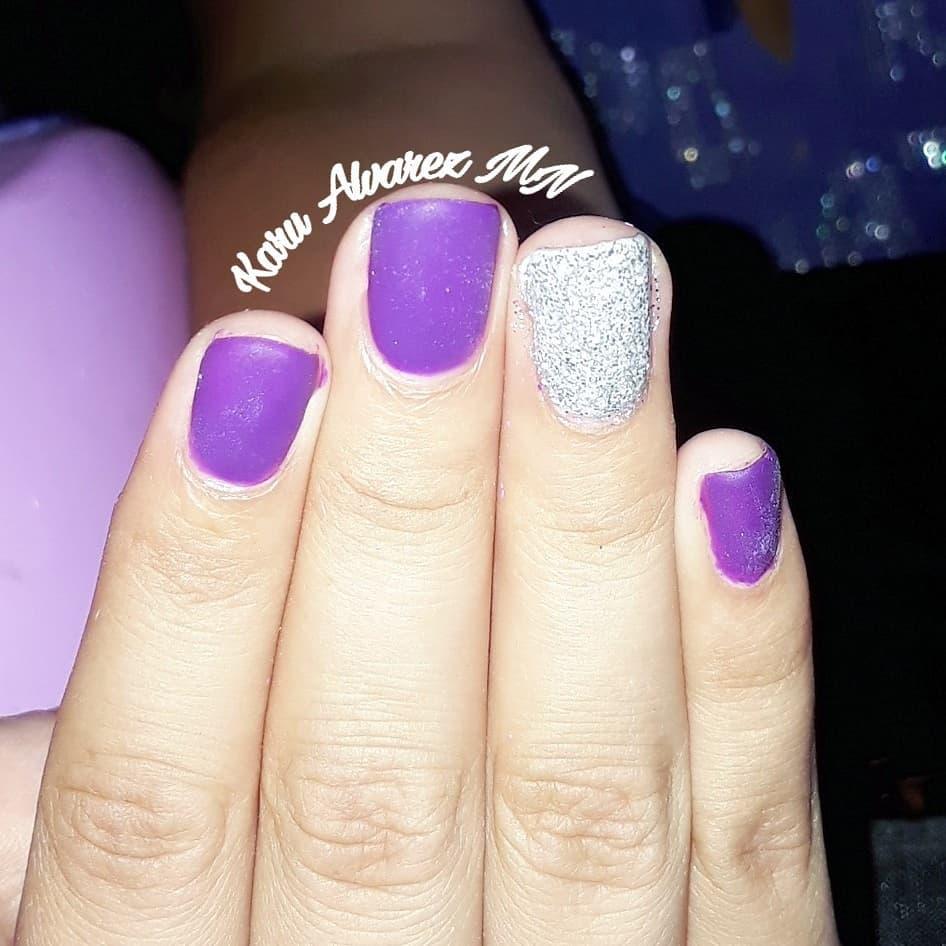 Vidraça semi-permanente. Para Andrea . . . . #nailartistas # nails2inspire # nail ...