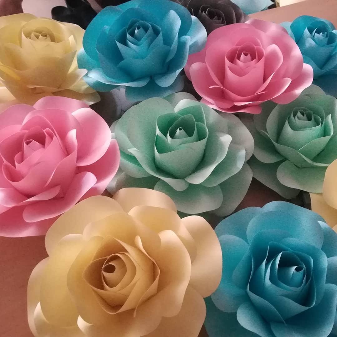 Rosas Festa de quinceanera de ordem especial # 100flores # decoracionquinceaños ...