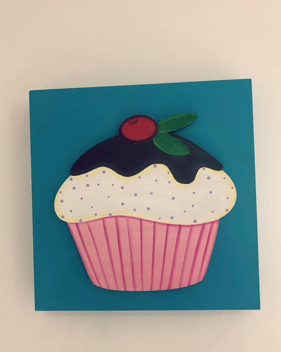 Cupcakes e guardanapos Clientes satisfeitos com o nosso trabalho ...