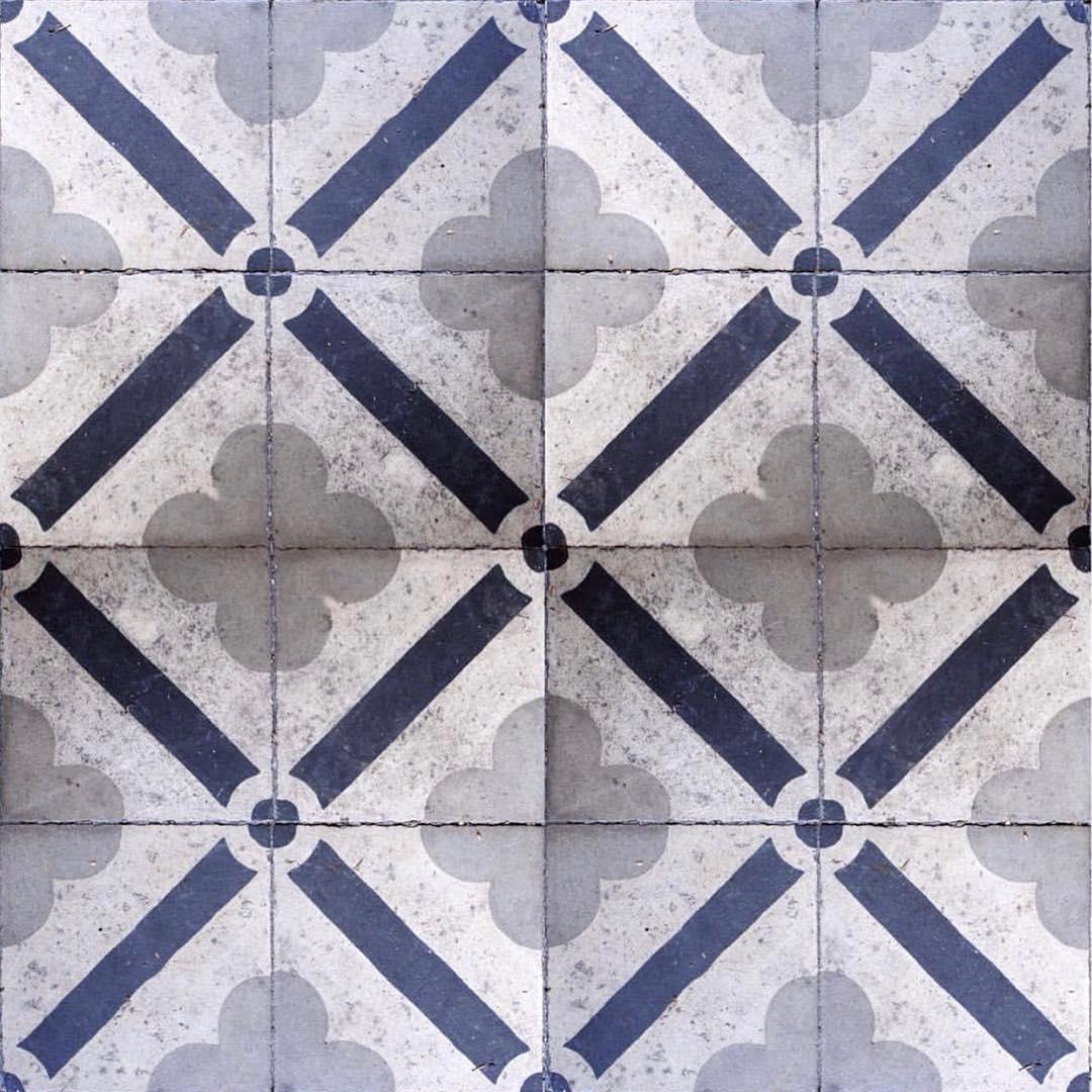 Moderna e clássica #mosaicohidraulico. . . . . . . . # mosaico hidráulico #mosaic ...