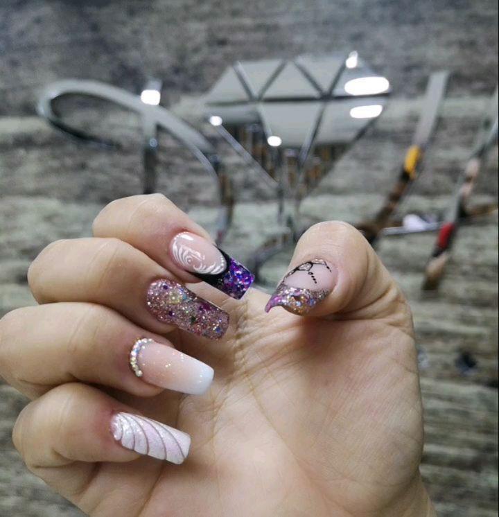 @dhnailsstudio_col Treinamento personalizado @malua_nails #manizales #kristaln ...