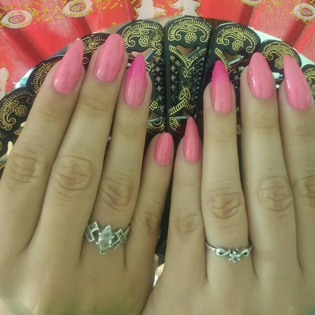 # unhas pontilhadas # unhas # unhas decoradas # unhas pintadas # modelos pequenos #masglo #manicu ...