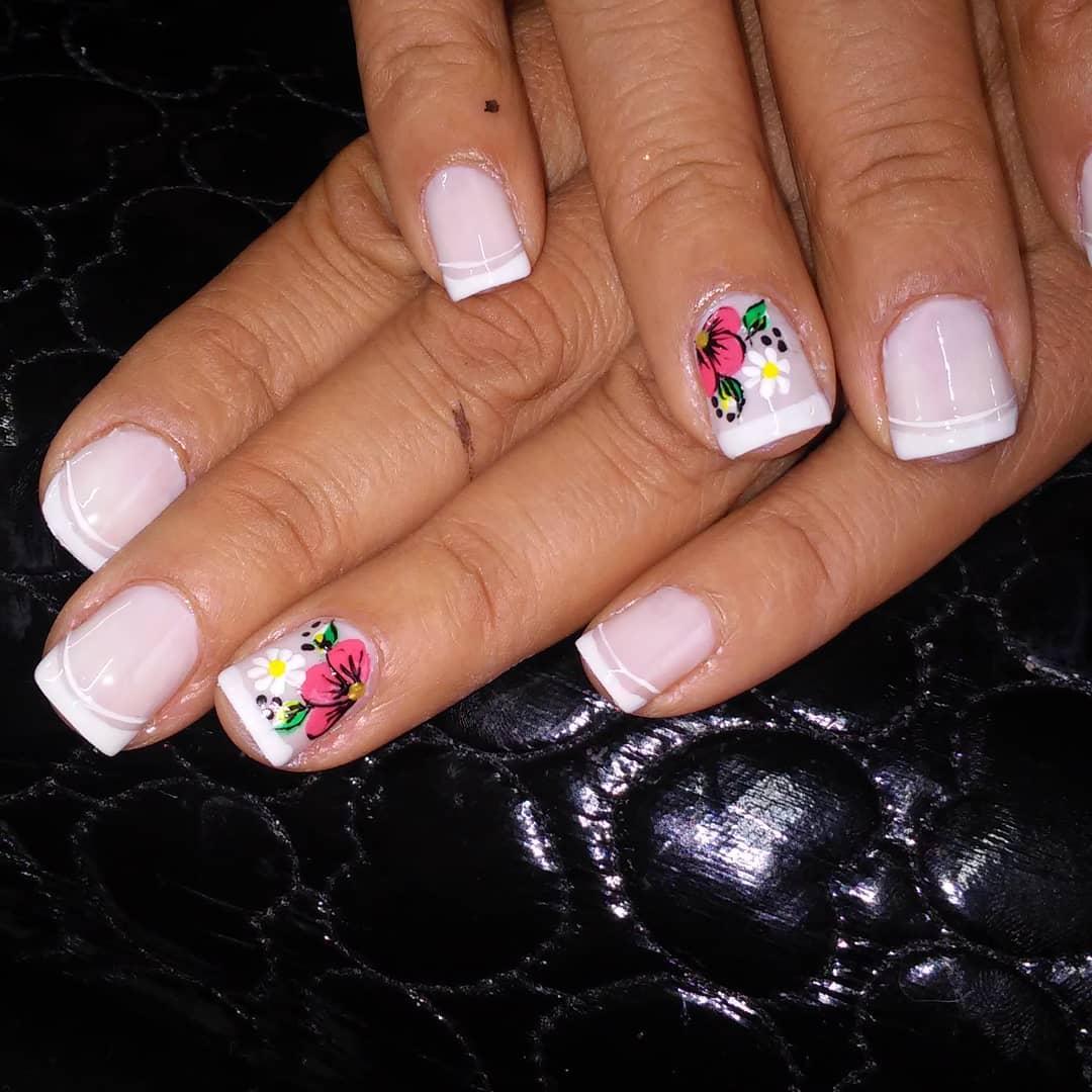 #Nails # decoraciondeuñas #frenchmanicure #manicure #semipermanente ...