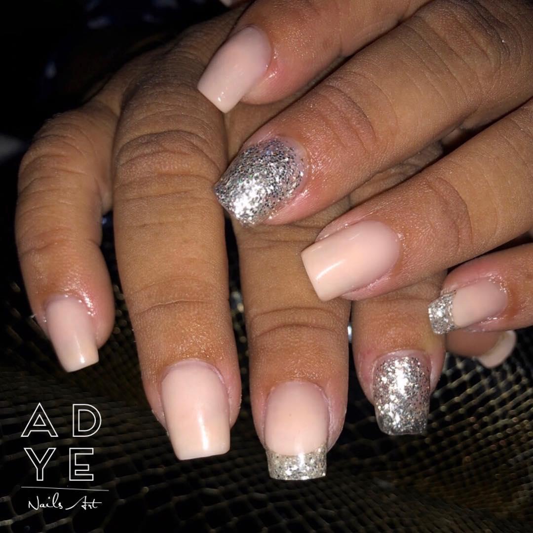 Nude escultural unhas com glitter . . . . . . . #nails #glitternails #nailsofin ...