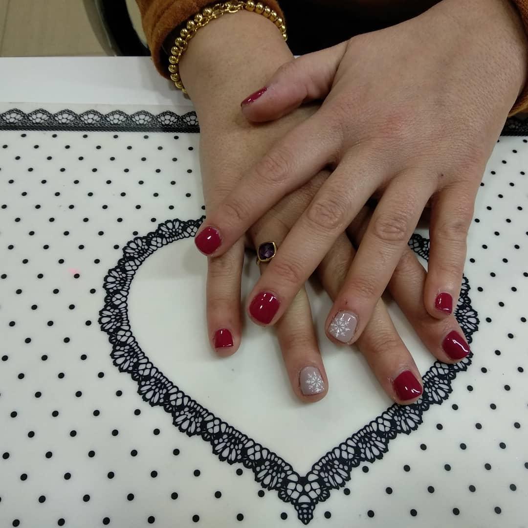 Semi-permanentes # # unhas definidas # unhas # unhas # unhas # unhas, pequenas # mão # manboni ...