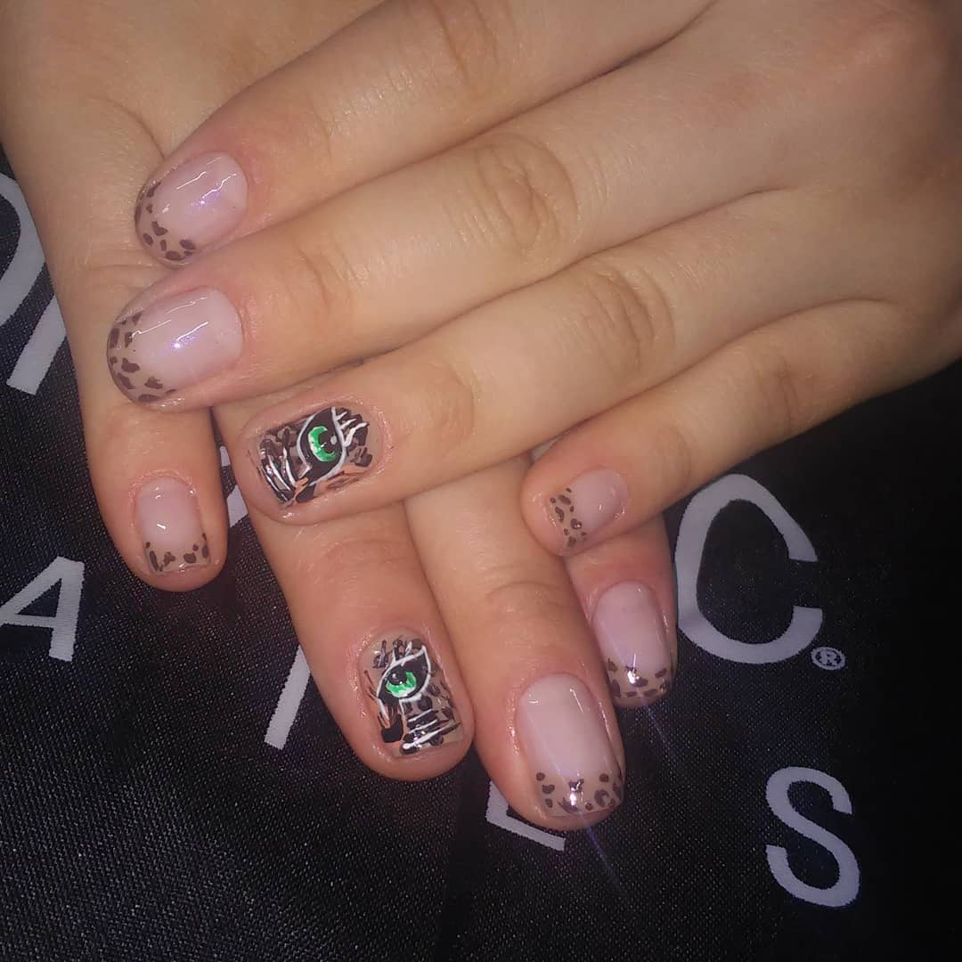 #manicure #decoração de filhas #creativity #animalprint #semipermanente #maquillaj ...