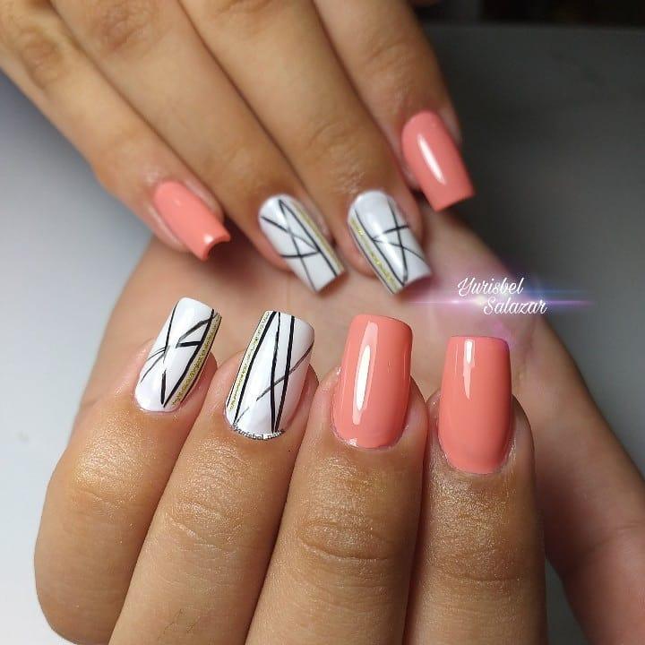 Decoração em linhas .. # decoraciondeuñas # nails4today # uñass #lovenails #nails ...